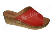 Papuci rosii de dama din piele naturala