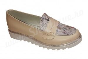 Pantof-balerin crem din piele naturala inflorat