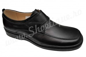Pantofi lati din piele naturala negri cu arici